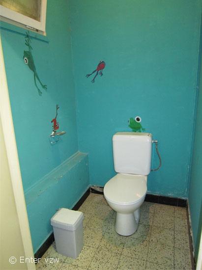 Sanitair toegankelijke jeugdlokalen - Kleur toilet idee ...